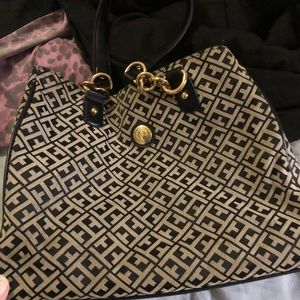 Tommy Hilfiger Bag, Barely Used not damaged at all